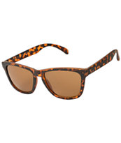 Classic Clever Tortoise Shell Sunglasses
