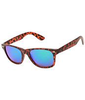 Classic Honcho Matte Tortoise & Revo Sunglasses