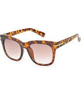 Classic Tortoise & Gold Sunglasses