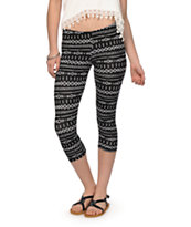 Empyre Black & White Tribal Cropped Leggings