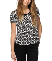 Empyre Hatfield Black & White Tribal Dolman T-Shirt