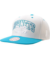Mitchell And Ness Charlotte Hornets Arch Logo White & Blue Snapback