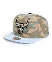 NBA Distinguished American Bulls Camo Snapback Hat