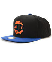 NBA Hall Of Fame x Mitchell and Ness Upside Down Knicks Black Snapback Hat