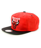 NBA Mitchell and Ness Bulls Nylon Ripstop Zip Hat