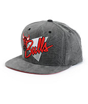 NBA Mitchell and Ness Crease Triangle Bulls Snapback Hat