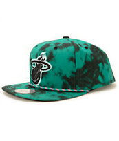NBA Mitchell and Ness Heat Greenback Strapback Hat