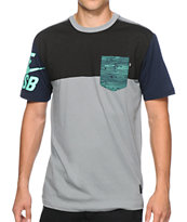 Nike SB Blocked Out 2.0 Dri-Fit Pocket T-Shirt