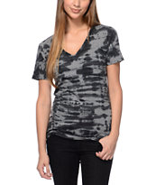 Sirens & Dolls Mineral Wash Black V-Neck T-Shirt