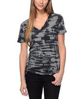 Sirens & Dolls Mineral Wash Black V-Neck T-Shirt
