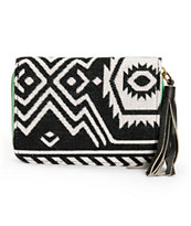 T-Shirt & Jeans Kristen Tribal Zip Wallet