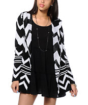 Trillium Black & White Chevron Hooded Sweater