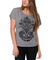 Wenanami Skull Headdress Grey Dolman Tee Shirt