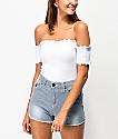 Almost Famous camiseta corta blanca con escote Bardot