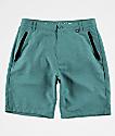 Free World Maverick shorts híbridos en verde azul