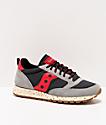 Saucony Jazz Original Climbing zapatos grises, negros y rojos