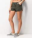 Unionbay Maribeth shorts de color oliva