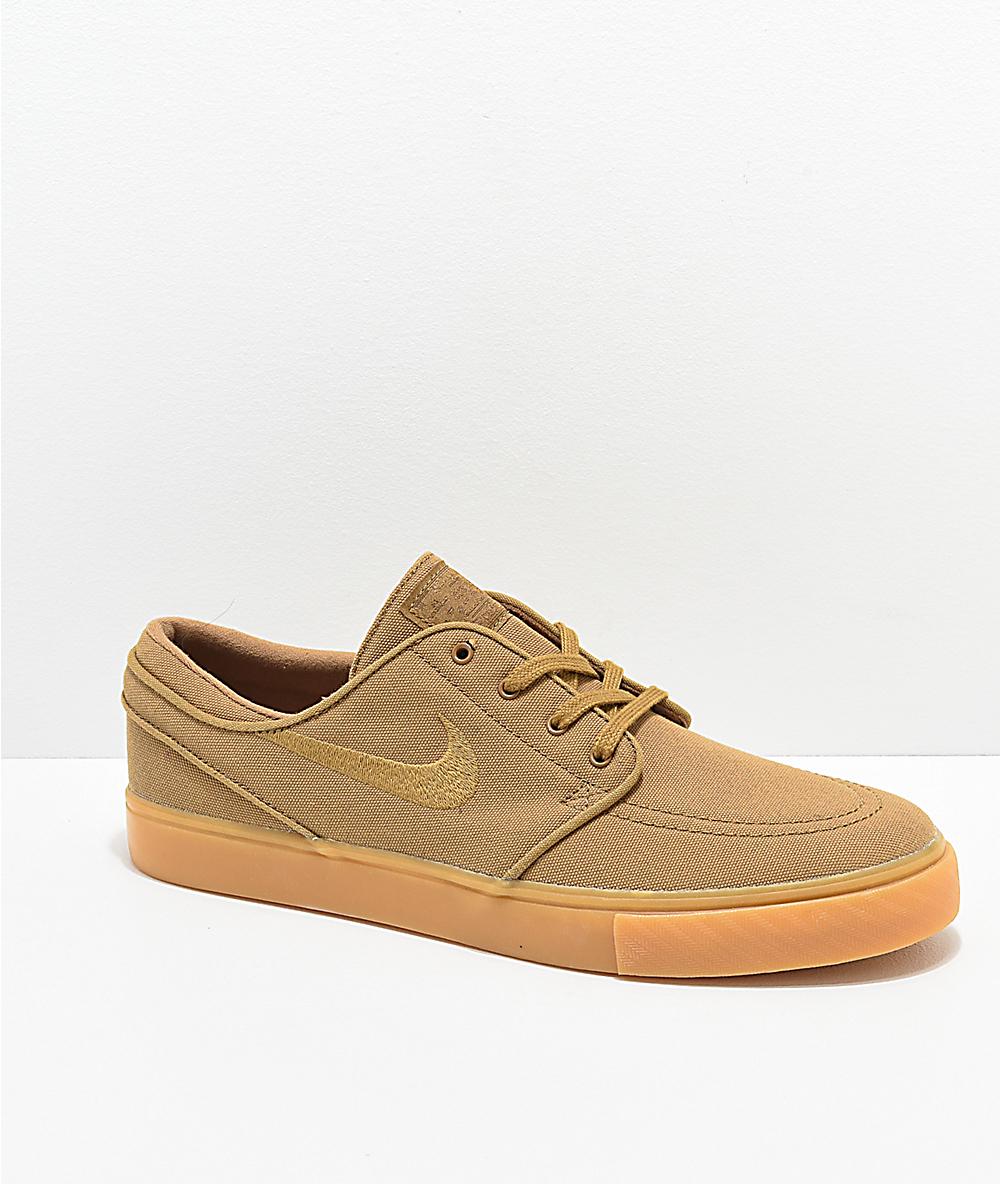 nike beige shoes