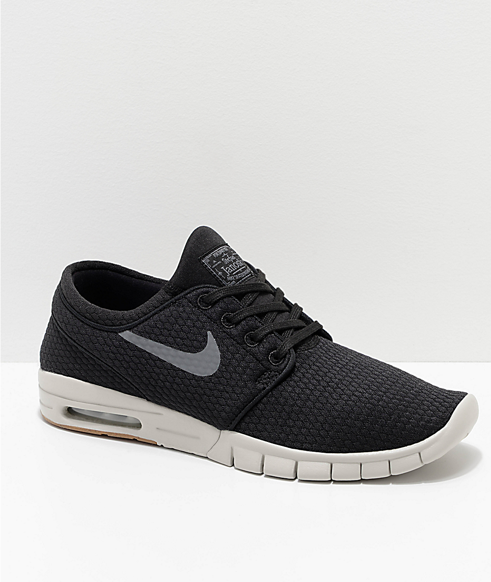 new styles 6a8b8 a556e Nike SB Janoski Max Quilted Black   White Skate Shoes   Zumiez