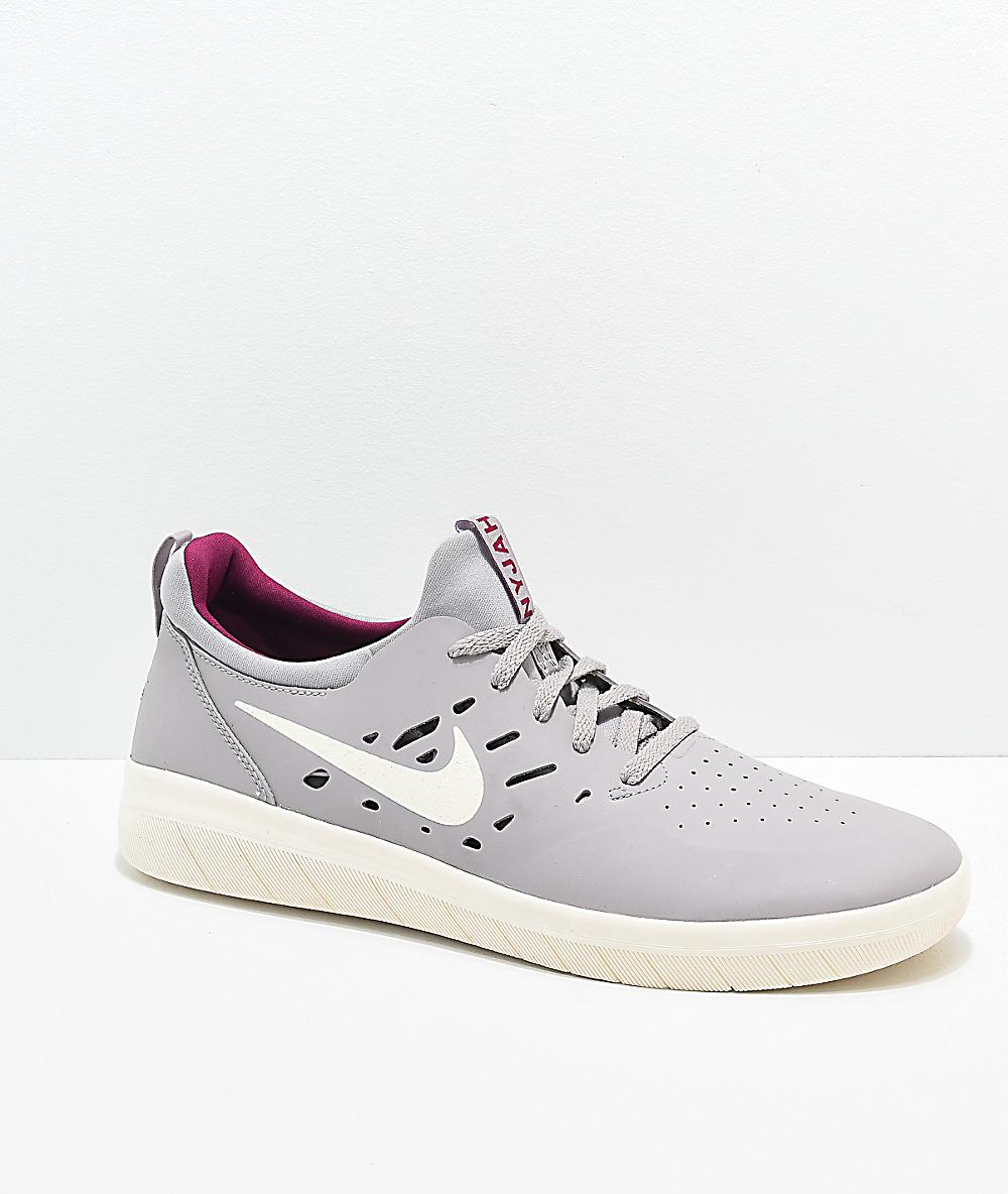 8c1048a8dfaf Nike SB Nyjah Free Atmosphere Grey & Berry Skate Shoes | Zumiez
