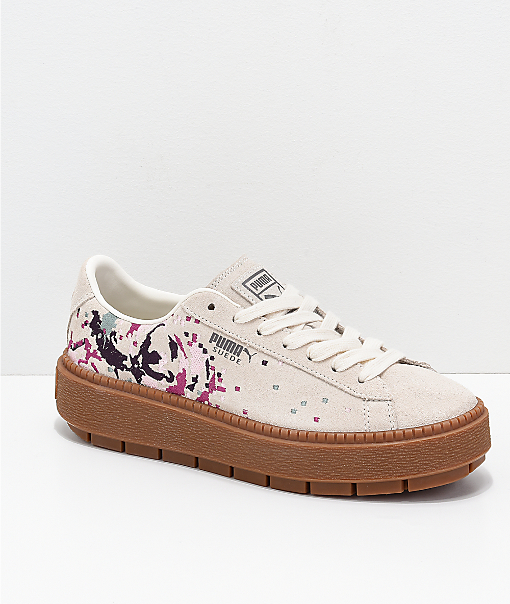 44b70e2c20cae PUMA Suede Platform Digital Embroidered White Shoes