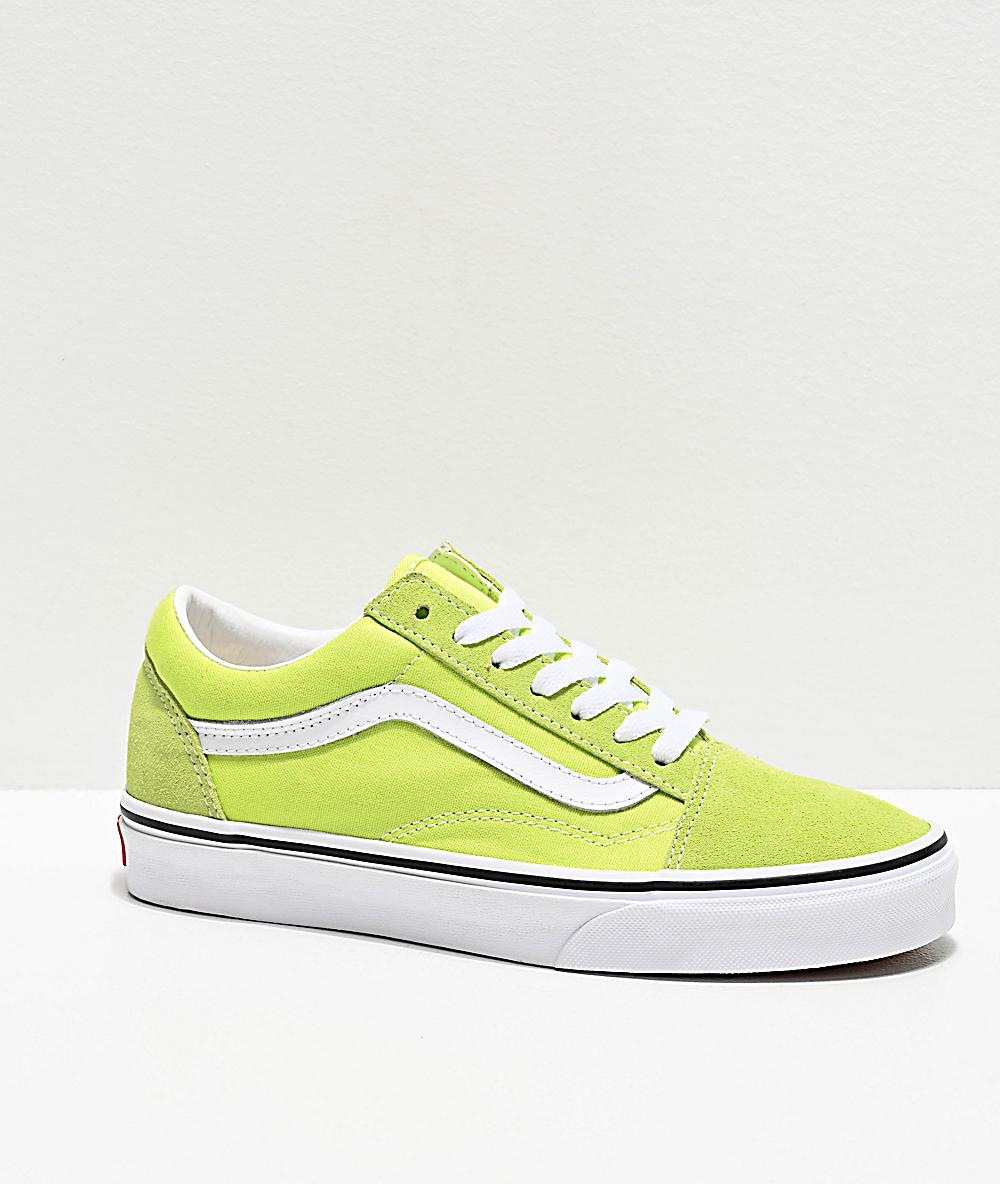 vans grises y verdes