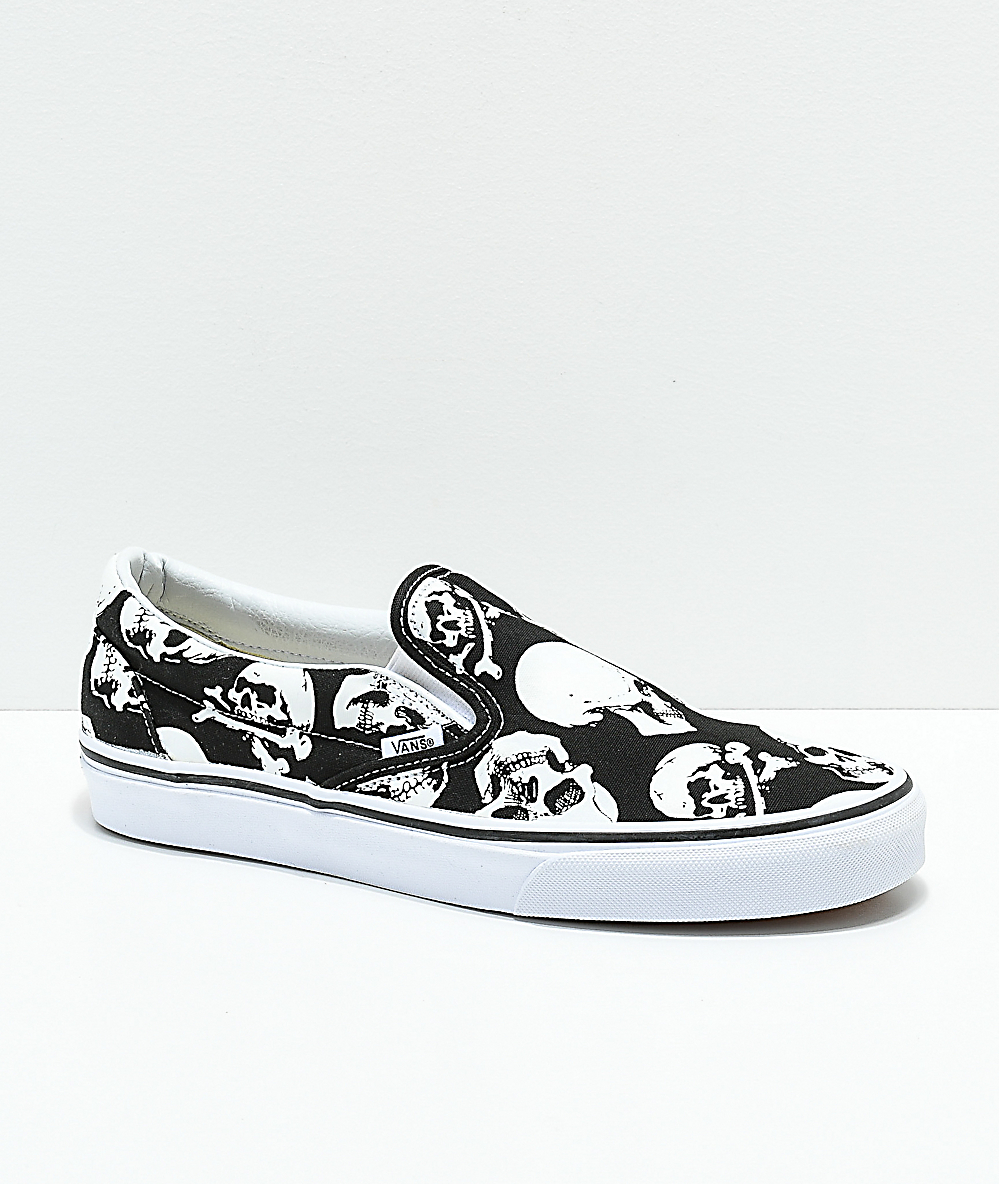 7bbf559e183041 Vans Slip-On Skulls Black & White Skate Shoes | Zumiez
