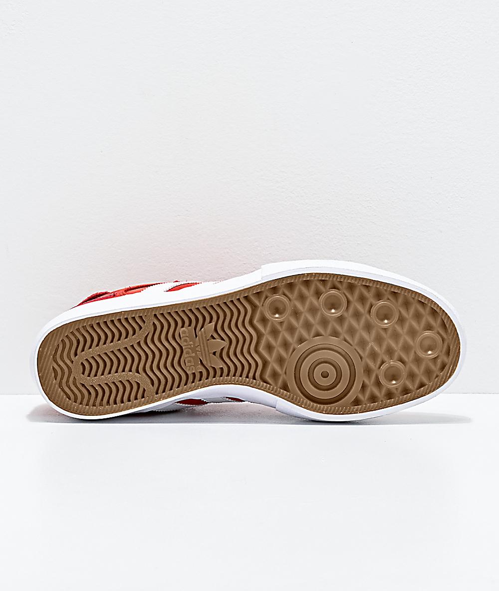 precio de zapatos adidas blanco con dorado rojo
