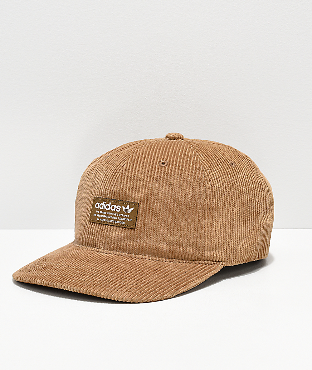 645bbc16de67 adidas Originals Relaxed Desert gorra de pana