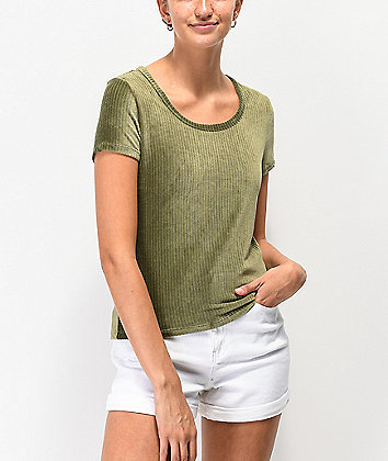 Almost Famous Clover Scoop Neck Ribbed Velvet Top