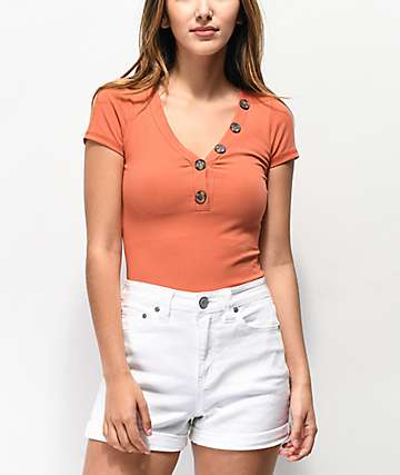 Almost Famous Lola Rust Ribbed Henley Top