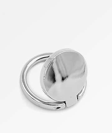 Casery anillo de teléfono plateado