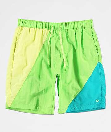 Empyre Offguard shorts de baño verdes y azules