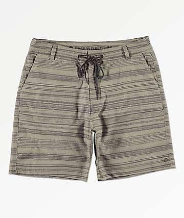 Free World Spring Tide shorts de baño híbridos en caqui