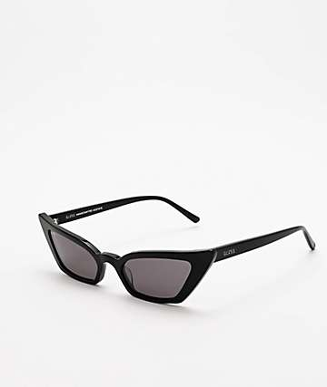 GLVSS The Flirt Black Sunglasses
