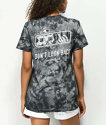 Lurking Class By Sketchy Tank Look Back camiseta negra con efecto tie dye