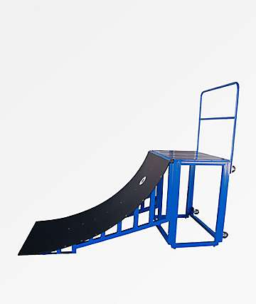 Mojo Rails Blue Quarter Pipe With Railing