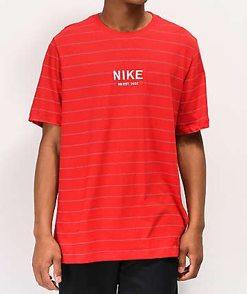Cruel evolución Asistir  Camisetas Nike | Zumiez
