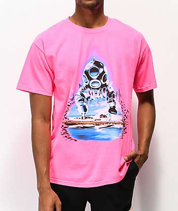 Pink Dolphin Cave Diver Pink T-Shirt