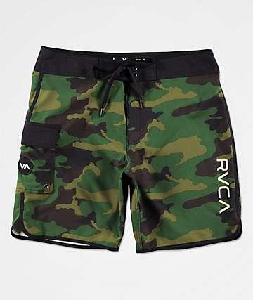 RVCA Eastern shorts de baño de camuflaje verde oscuro