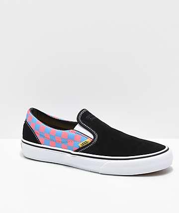 Vans x T&C Surf Designs Slip-On zapatos de skate de cuadros en negro, rosa y azul
