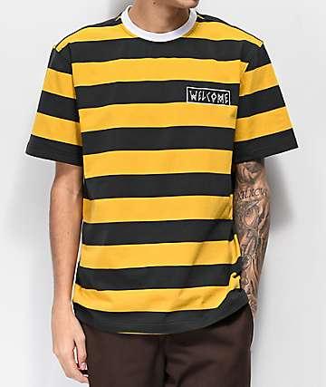 Welcome camiseta negra y dorada de rayas grandes