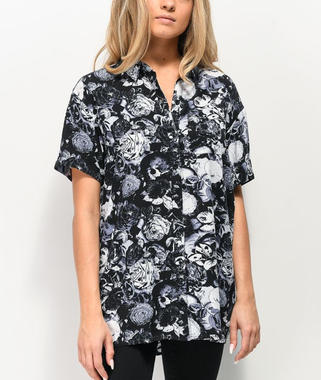 Empyre Aedia Skull Print Short Sleeve Button Up Shirt