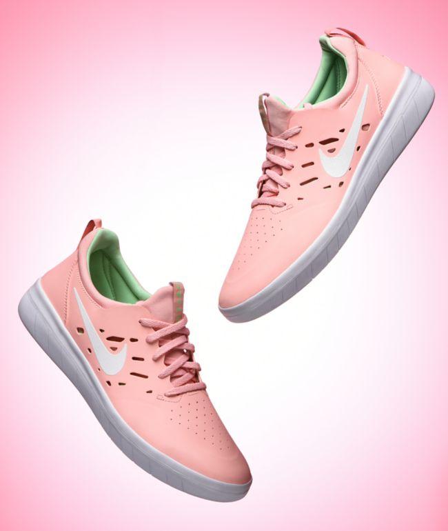 Nike SB Nyjah Free Bleached Coral \u0026