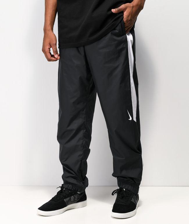Nike SB Shield Sulfur pantalones de chándal en negro y blanco