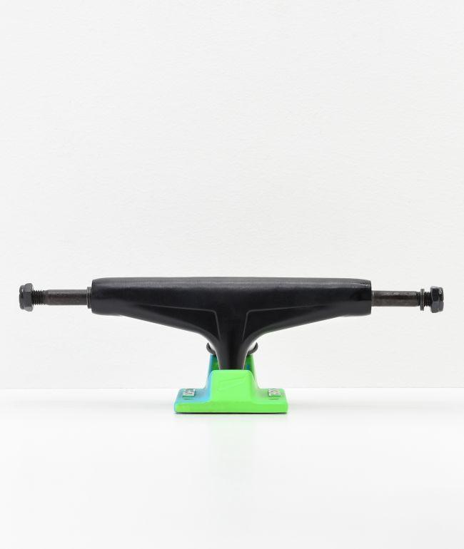 "Tensor 5.25"" Mag Light eje de skate en negro, verde, y azul"