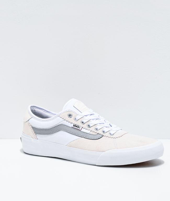 Vans Chima Pro 2 zapatos de skate reflectantes y blancos