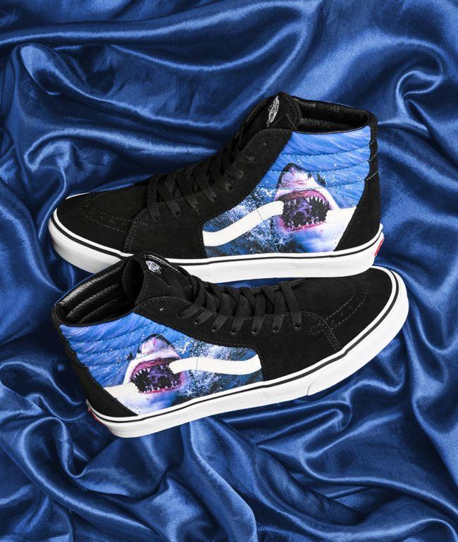 Vans x Shark Week Sk8-Hi zapatos de skate negros y blancos