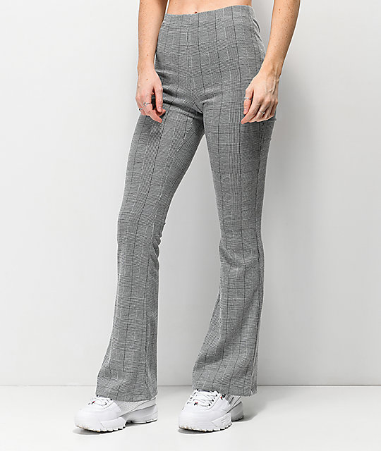 cheapest sale cozy fresh cheapest price Almost Famous Black & White Plaid Knit Flare Pants