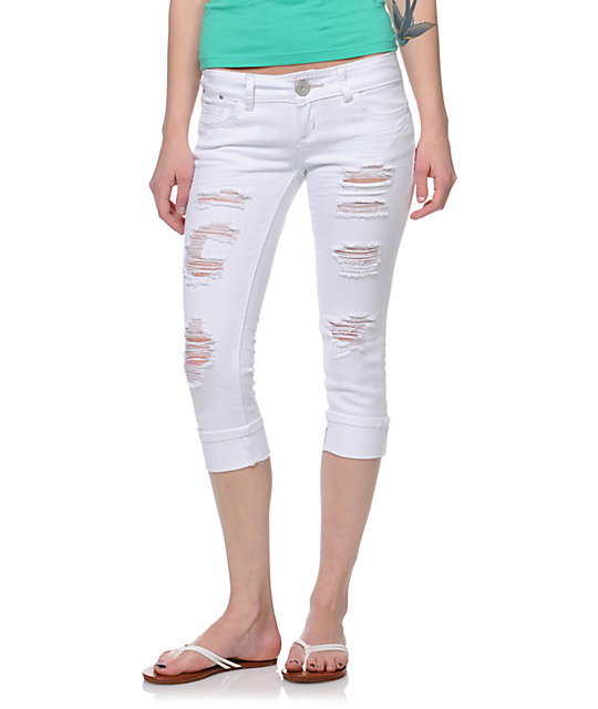Almost Famous Fran White Cropped Jeans